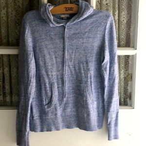 Light pull over knit sweater by Gap